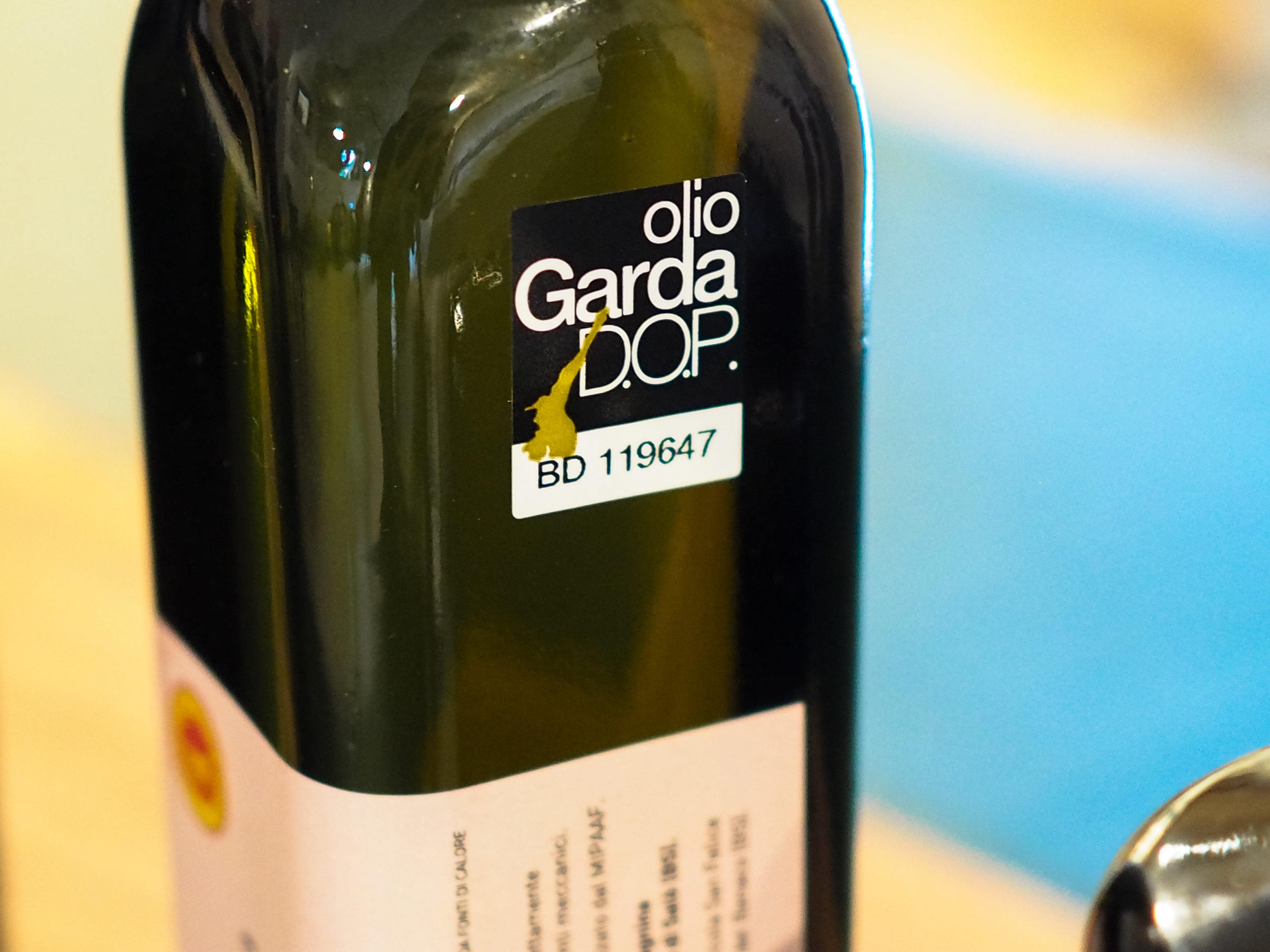 oro del garda premio 2018 veneto olio del veneto food magazine veneto cosa fare in veneto rebecchi articolo olio garda dop olio del garda cosa mangiare in veneto prodotti tipici veneto
