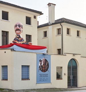 burattino più grande del mondo castelfranco 3dz cosa fare in veneto scultura treviso